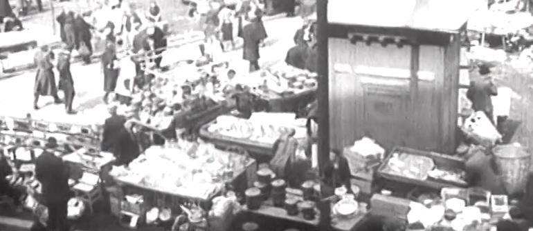 WOMAN'S MARKET IN NEWSREEL FROM 1940